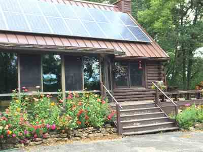 Iowa County Single Family Home For Sale: 3952 Evans Quarry Rd