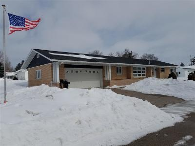Lancaster WI Single Family Home For Sale: $134,900