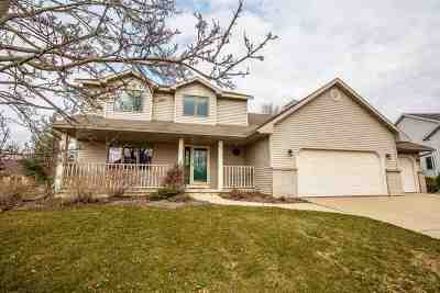 Waunakee Single Family Home For Sale: 611 Worthington Way