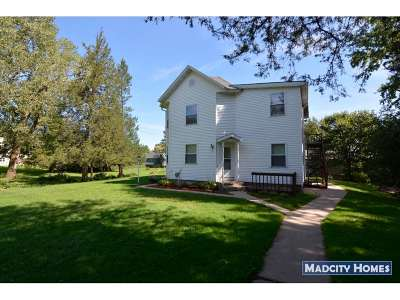 Waunakee Multi Family Home For Sale: 5564 River Rd
