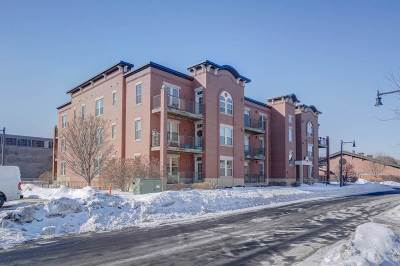 Sun Prairie Condo/Townhouse For Sale: 201 E Lane St #202
