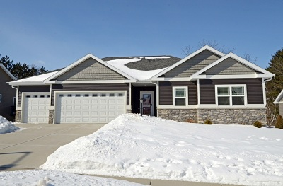 Fitchburg Single Family Home For Sale: 2709 Turnstone Cir