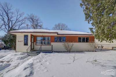 Madison Single Family Home For Sale: 5417 Dahlen Dr