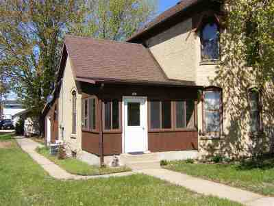 Muscoda Single Family Home For Sale: 211 N Wisconsin Ave