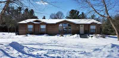Wisconsin Dells Single Family Home For Sale: 197 Lake Shore Dr