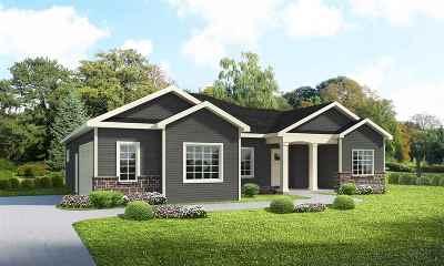 Cambridge Single Family Home For Sale: 701 Vineyard Dr