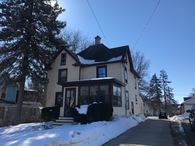 Dodge County Single Family Home For Sale: 315 E 3rd St