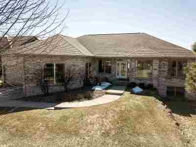 Verona Single Family Home For Sale: 9621 Shadow Wood Dr