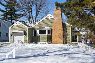 Madison Single Family Home For Sale: 906 Swarthmore Ct