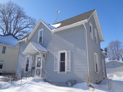Jefferson County Single Family Home For Sale: 417 N High St