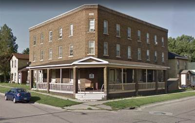 Columbia County Multi Family Home For Sale: 302 W Oneida St