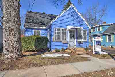 Madison Single Family Home For Sale: 126 Corry St