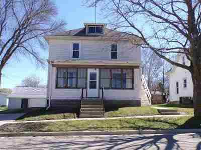 Columbia County Single Family Home For Sale: 212 State St