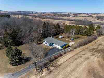 Green County Single Family Home For Sale: W9440 Coon Creek Rd