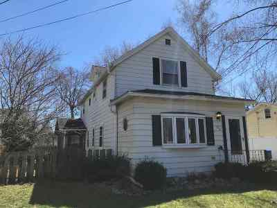 Prairie Du Sac WI Single Family Home For Sale: $165,000