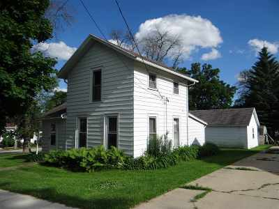 Dane County Single Family Home For Sale: 304 W Pearl St