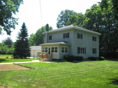 Green County Single Family Home For Sale: W291 Halfway Tree Rd