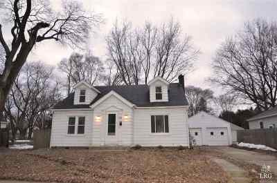 Madison WI Single Family Home For Sale: $179,900
