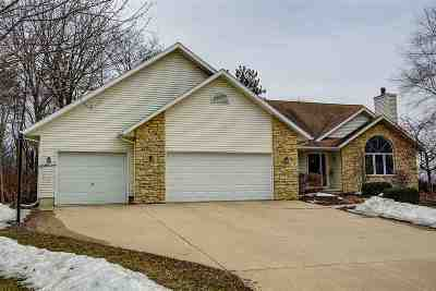Waterloo Single Family Home For Sale: 850 Herron Dr