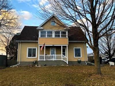 Dodge County Single Family Home For Sale: 506 E Burnett