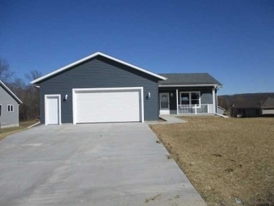 Baraboo WI Single Family Home For Sale: $269,900