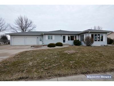 Waunakee Single Family Home For Sale: 603 Raymond Rd