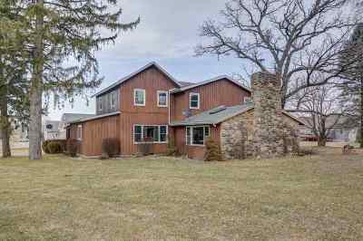 Deforest Single Family Home For Sale: 4390 Gray Rd