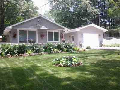 Merrimac WI Single Family Home For Sale: $155,000