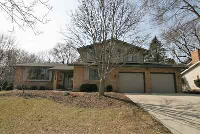 Madison Single Family Home For Sale: 302 Acadia Dr