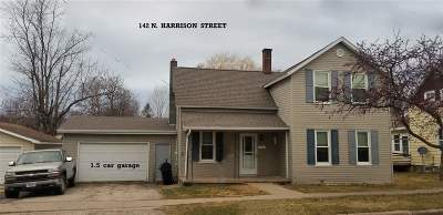 Lancaster WI Single Family Home For Sale: $98,000