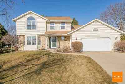 Verona Single Family Home For Sale: 524 Daisy Ct
