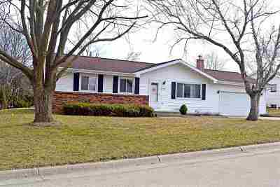 Green County Single Family Home For Sale: 2545 1st St