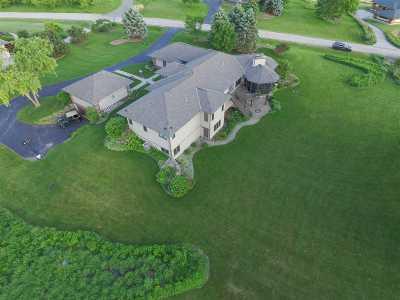Verona Single Family Home For Sale: 7672 Leta Way