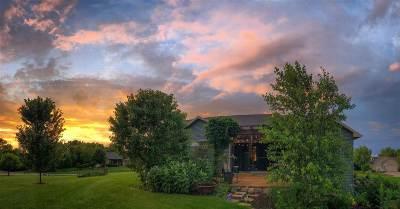 Dane County Single Family Home For Sale: 1697 Esker Tr