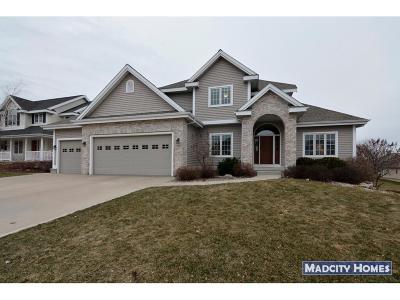 Waunakee Single Family Home For Sale: 1205 Wenzel Way