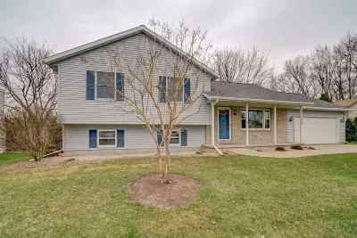 Stoughton Single Family Home For Sale: 601 Nordic Tr