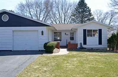 Baraboo WI Condo/Townhouse For Sale: $114,900