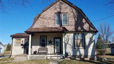 Lancaster WI Single Family Home For Sale: $129,900