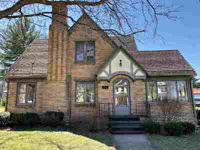Green County Single Family Home For Sale: 533 S Main St