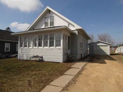 Fennimore Single Family Home For Sale: 1440 10th St