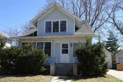 Jefferson County Single Family Home For Sale: 335 W Milwaukee Ave