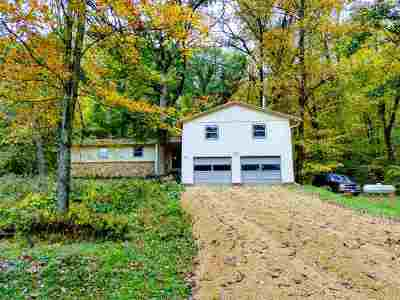 Iowa County Single Family Home For Sale: 7497 Loy Rd