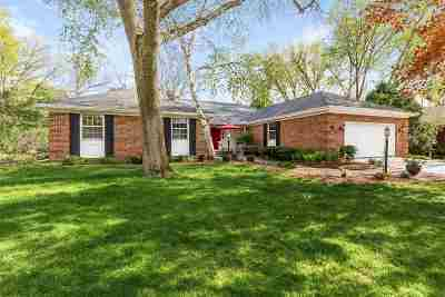 Madison Single Family Home For Sale: 5 Southwick Cir