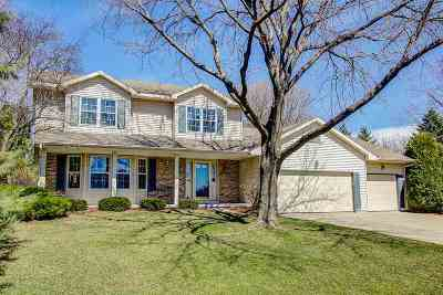 Sun Prairie Single Family Home For Sale: 3474 Whytecliff Way