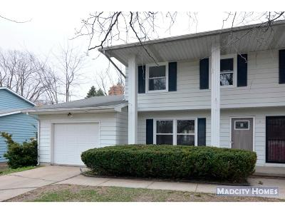 Fitchburg Single Family Home For Sale: 5750 Williamsburg Way