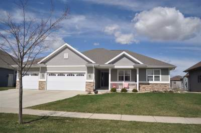 Waunakee Single Family Home For Sale: 1023 Aldora Ln