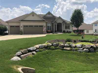 Waunakee Single Family Home For Sale: 2118 Peaceful Valley Pky