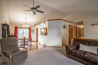 Madison Single Family Home For Sale: 514 Diving Hawk Tr