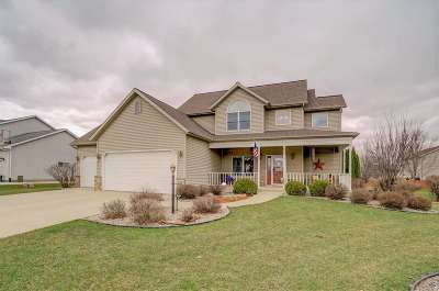 Sun Prairie Single Family Home For Sale: 550 Stonehaven Dr