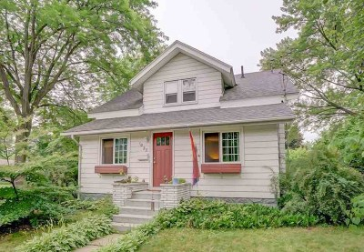 Sauk City WI Single Family Home For Sale: $210,000